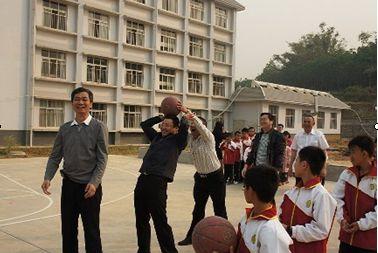 景洪市教育局召开德育工作、校园